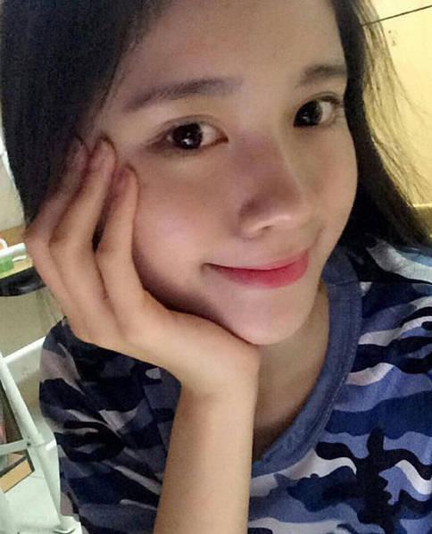 广东揭阳18岁女生晒自拍  获赞最萌校花